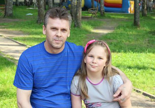 Вячеслав Чикирнеев с дочкой