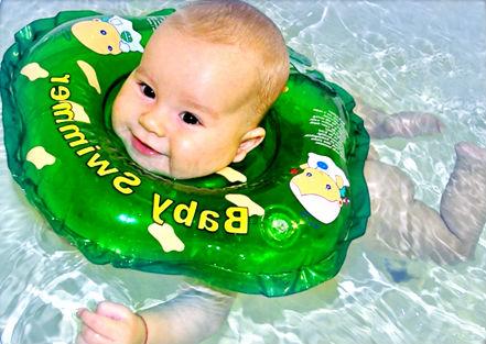 купание в круге бэбисвиммер