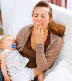 Почему после родов отекают ноги - что делать, как помочь себе?