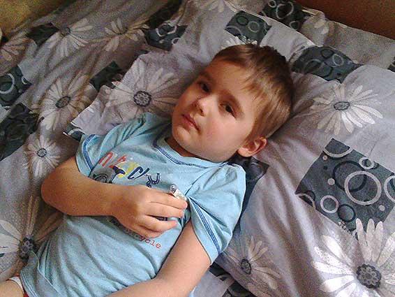 Как лечить грипп у ребенка в домашних условиях