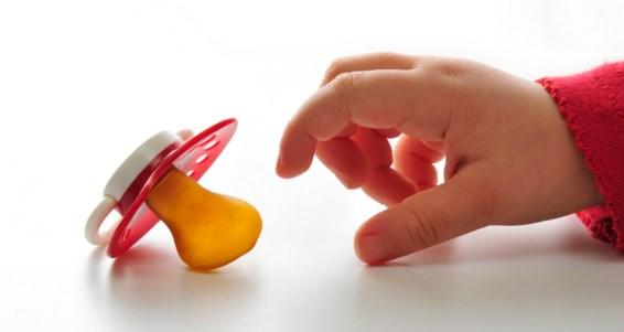 как отучить малыша от соски