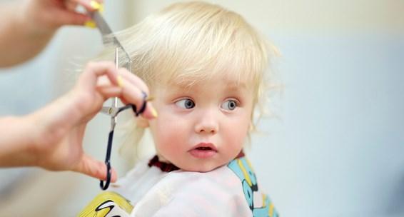 стричь ли ребенка в год