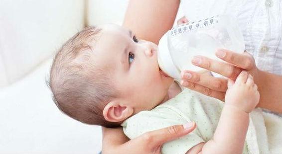 Сколько молока съедает месячный ребенок