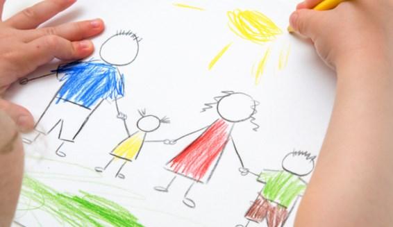 Если ребенок рисует черным