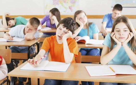 Почему ребенок устает в школе
