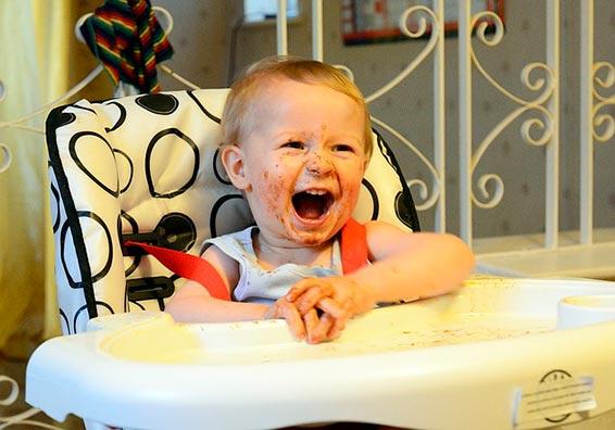 кормление детей первого года жизни